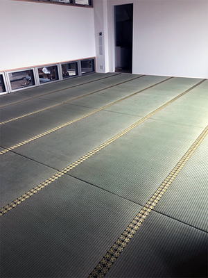 家紋をいれた畳縁を使用した畳