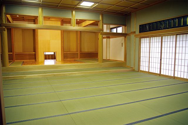 Tatami is living. It breathes.