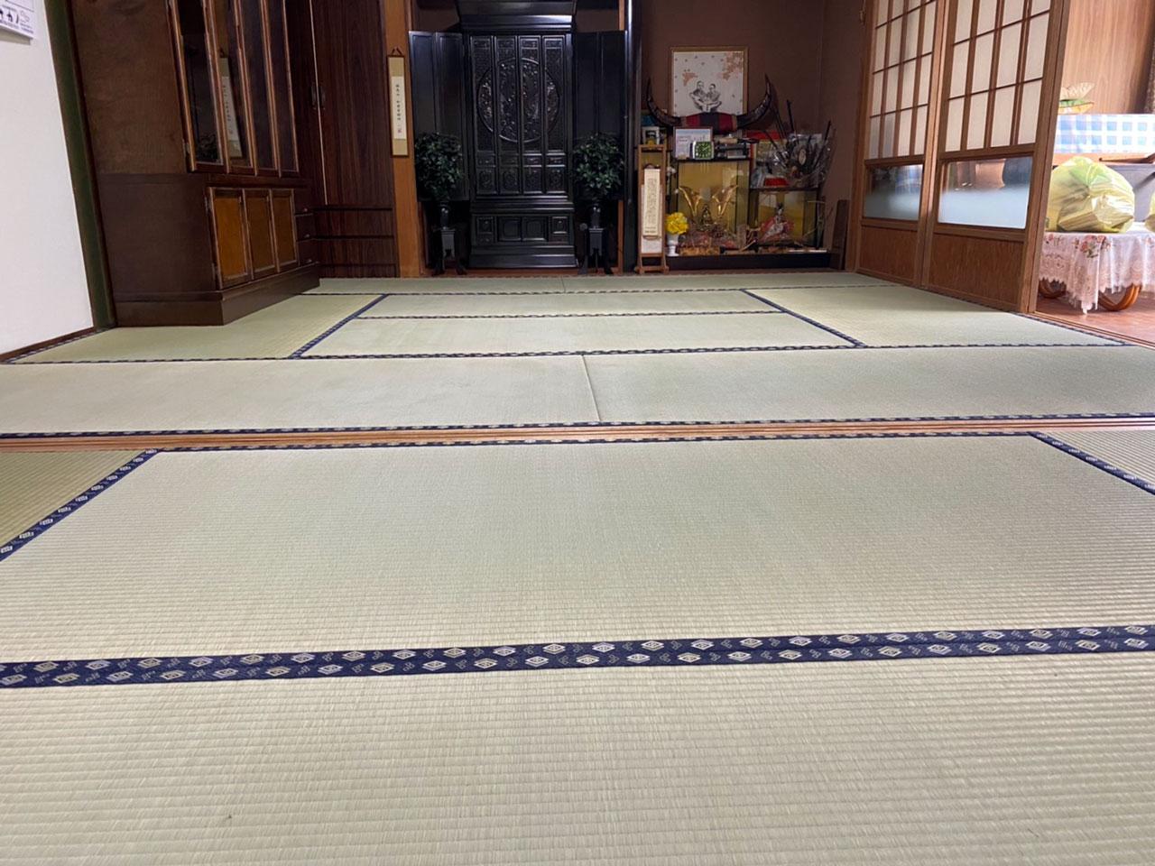 親戚の集まりのための畳の入れ替えのご依頼を頂きました。